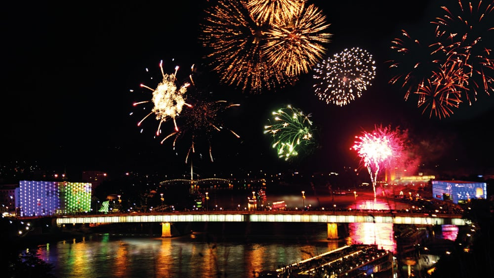 Donau-in-Flammen-in-Linz